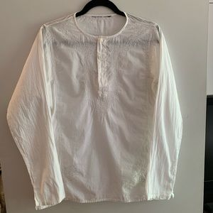 Tops - White embroidered long sleeve cotton blouse